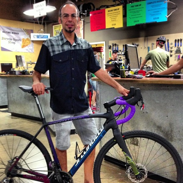Joey shows of the 2014 Specialized Crux Pro Race Red Disc.
